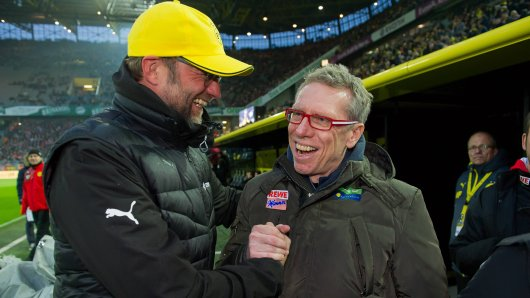 Peter Stöger (r.), Borussia Dortmunds Ex-Trainer, hat bei Austria Wien hingeschmissen.