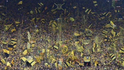 Borussia Dortmund mahnt seine Fans: Die Reise zum Pokalendspiel muss in diesem Jahr ausfallen.