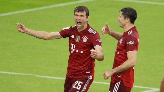 Ein FC Bayern-Star zeigt sich plötzlich in den Farben des BVB.