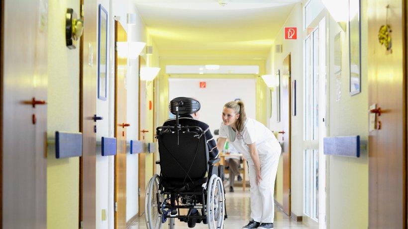 pflegeversicherung selbstbehalt schonverm gen wer f r die pflege aufkommen muss panorama. Black Bedroom Furniture Sets. Home Design Ideas
