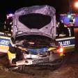Ein Streifenwagen erfasste in Dortmund erst einen Fußgänger und stieß dann frontal mit einem Pkw zusammen.