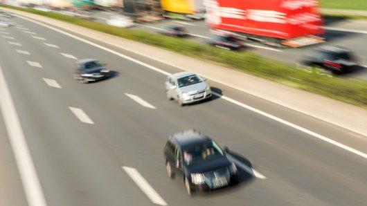 Auf der A2 ist es am Donnerstagmorgen zu einem schweren Unfall gekommen.