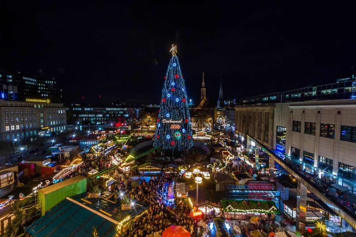 Dortmund Weihnachtsbaum.Weltgrößter Weihnachtsbaum In Dortmund Jetzt Kommt Die Konkurrenz
