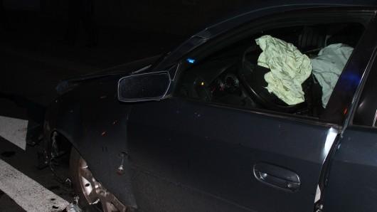 In Hagen gab es einen schweren Autounfall. Eine Frau gab zu, das Auto betrunken gefahren zu haben, doch die Polizei glaubte ihr nicht.