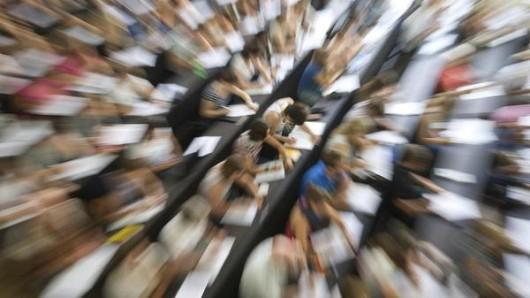 An den Hochschulen werden jetzt wieder die Beiträge für das Sommersemester fällig.