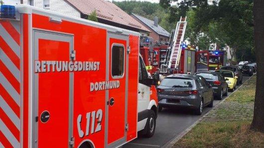 Der Brand ereignete sich in Dortmund Oestrich an der Emsinghofstraße.