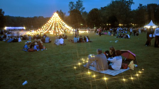 Das traditionelle Lichterfest im Westfalenpark findet dieses Jahr in anderer Form statt. (Archivbild)
