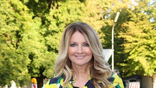 RTL-Star Frauke Ludowig trägt die Haare meistens offen.