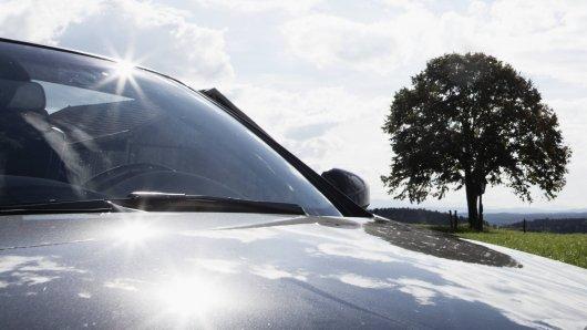 Die Hitze brachte in Düsseldorf ein Auto zum Schmelzen (Symbolfoto).