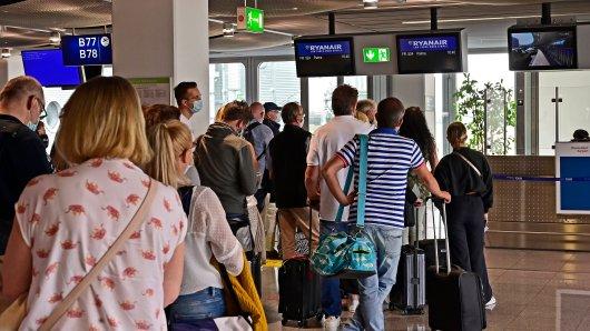 Nach dem Ryanair-Aus am Flughafen Düsseldorf gibt es neue Hoffnung für Billigflug-Fans. (Symbolfoto)