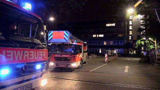 Feuerwehreinsatz in Düsseldorf: Im Marien Hospital hat es gebrannt.