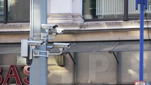 Die Kameras hängen an Masten der DVG.