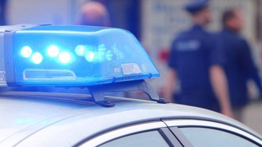Die Polizei hat nach der Kugelschreiber-Attacke in Essen erste Zeugen vernehmen können.