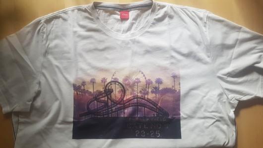 Das T-Shirt erinnerte Carsten Döring an das Duisburger Wahrzeichen Tiger and Turtle.