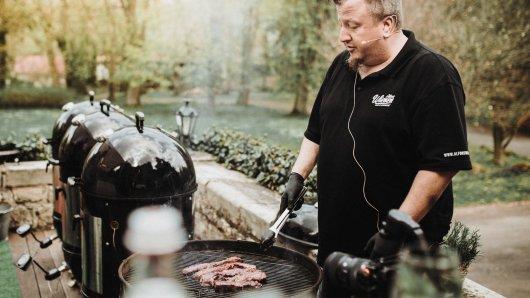 Grill-Weltmeister Alfons Wienen verrät, was du beim Grillen auf keinen Fall tun solltest.