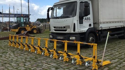 Lkw-Sperren wie hier in Rostock soll es zukünftig auch in Duisburg geben.