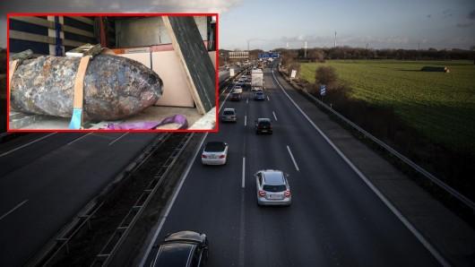 Gleich zwei Bomben sind in Duisburg gefunden worden. Deshalb muss die A40 und A42 gesperrt werden.