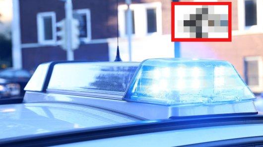 Duisburg: Ein Mann holte während eines Streits ausgerechnet DAS hervor. (Symbolbild)