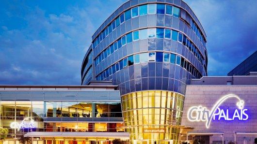 Das beliebte Einkaufszentrum in Duisburg ging in einem Bieterverfahren an einen neuen Besitzer.