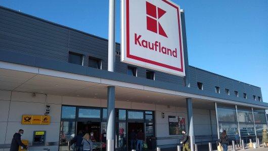 Bei Kaufland in Duisburg hat ein Kunde eine Soße entdeckt, die ihn fassungslos zurückließ. (Symbolbild)