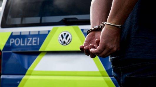 Polizei konnte Betrüger festnehmen Dank IHRER Hilfe. (Symbolbild)