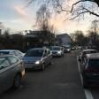 """Stillstand, um etwas zu bewegen: Die Bürgerinitiative """"Henri2020 sorgte heute Morgen für Stau auf der Henri-Dunant-Straße."""