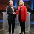 Hannelore Kraft (SPD) und Armin Laschet (CDU) am Rande des TV-Duells.