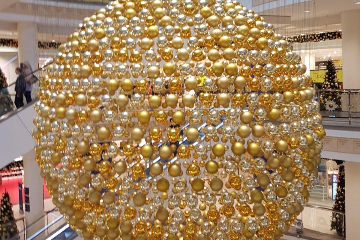 Weihnachtsdeko Zum Essen.Weihnachten Im Einkaufszentrum Limbecker Platz In Essen Essen
