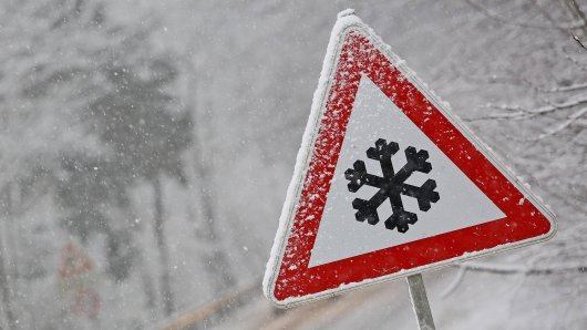 Der Deutsche Wetterdienst warnt vor Schnee in vielen Ruhrgebietsstädten. (Symbolbild)