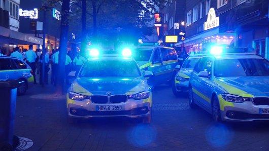 Vor einem Dönerimbiss auf der Viehofer Straße wurde ein Mann mit einem Messer verletzt.