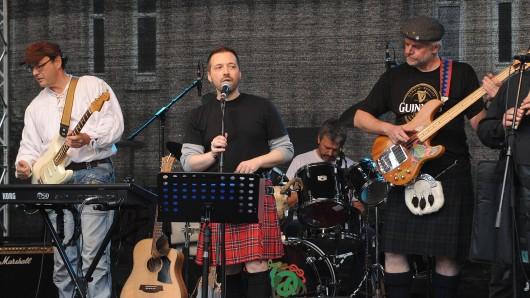 Die Connemara Stone Company aus Essen spielt Irish Folk Rock.