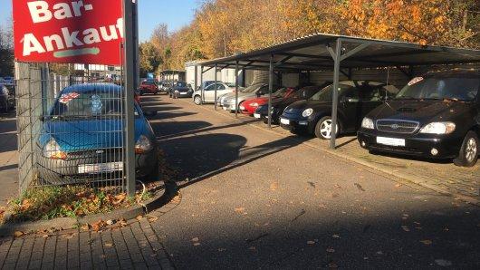 Essener Autohändler regt sich über Dieselfahrverbot auf.