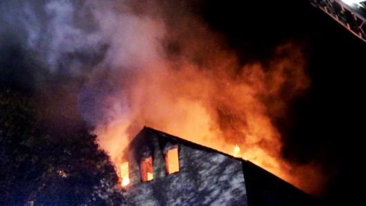 In Essen-Dellwig gab es einen schweren Wohnungsbrand mit zwei Verletzten.
