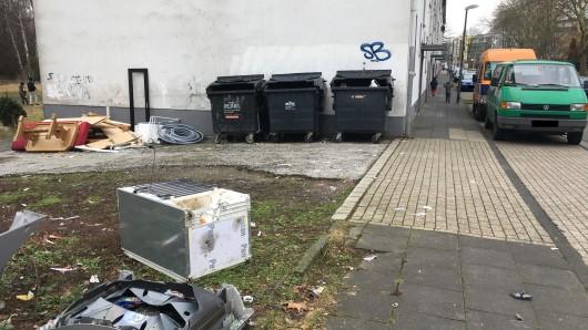 In der Zinkstraße verwahrlosen Mehrfamilienhäuser.