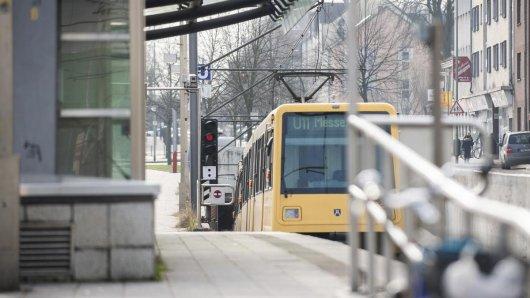 An dieser Haltestelle zerrte die U-Bahn den 13-Jährigen mit sich.