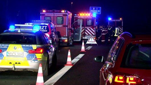 Auf der A40 ereignete sich am Freitagabend ein schwerer Unfall.