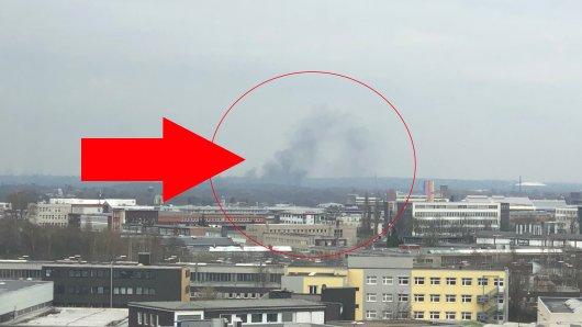 Eine Rauchwolke ist aktuell über Essen zu sehen.