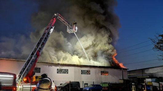 Am Montagmorgen musste die Feuerwehr Essen zu einem Brand im Stadtteil Bergebrobeck ausrücken.