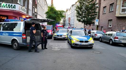In der Beisingstraße in Essen ist es am Montagabend zu einem größeren Polizeieinsatz gekommen.