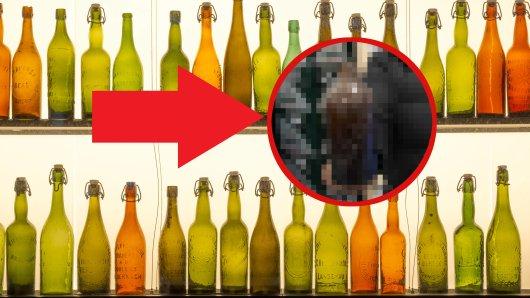 Alte Bierflaschen sind nicht nur schön anzusehen - sie tragen auch immer ein Stück Geschichte mit sich. Ein Mann hat in Essen nun einen ganz besonderen Schatz gefunden. (Symbolbild)