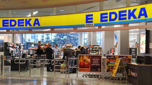 Nach Begegnung im Edeka in Essen ist ein Kunde auf der Suche nach einer unbekannten Blondine. (Symbolbild)