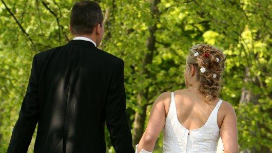 Cindy und Alex lernten sich bei Hochzeit auf den ersten Blick kennen. Jetzt wollen sie ein zweites Mal heiraten. (Symbolbild)