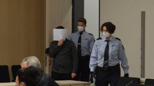 Essen: Der Angeklagte Thomas K. betritt am Freitagmorgen den Gerichtssaal.