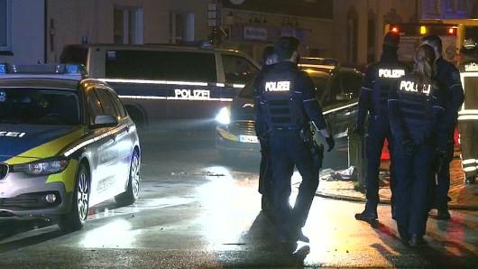 In Essen stoppte ein größeres Polizei-Aufgebot eine aggressive Gruppe auf ihrer Zerstörungstour.