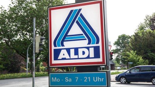 Aldi-Mitarbeiter verraten fünf Dinge, die sie gar nicht gerne sehen.