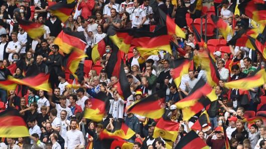 Essen: Ein Deutschlandfan ging eine spezielle Wette ein. (Symbolbild)