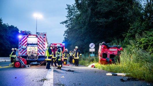 Auf der A52 in Essen hat sich am Sonntagmorgen ein schwerer Unfall ereignet.