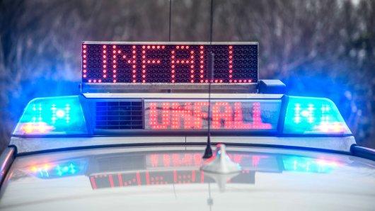 Essen: Tödlicher Unfall am Europlatz! Ein Radfahrer ist von einem Lkw-Fahrer erfasst worden. (Symbolbild)