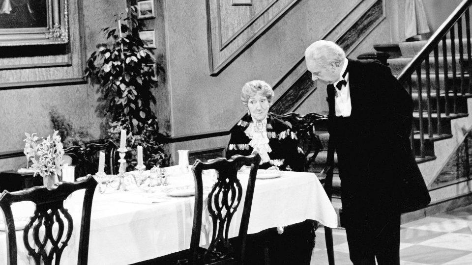 Dinner For One Das Sind Die Sendetermine Fernsehen Derwestende