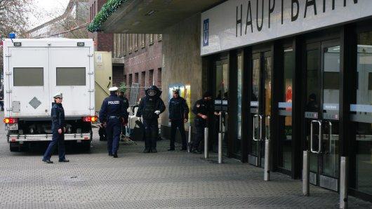 Am Donnerstagmorgen kam es am Düsseldorfer Hauptbahnhof wegen einer herrenlosen Tasche zu einem Großeinsatz.